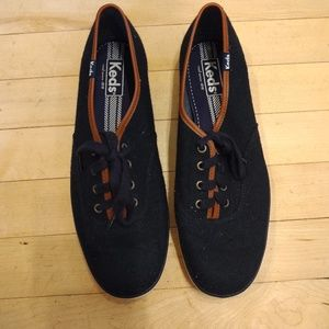 Navy blue Keds sneakers with trim